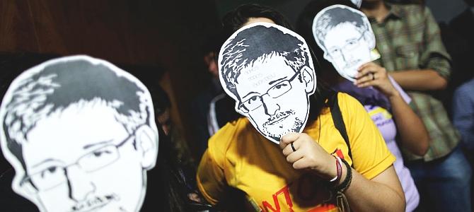 Эдвард Сноуден будет защищать личную информацию пользователей ВКонтакте?