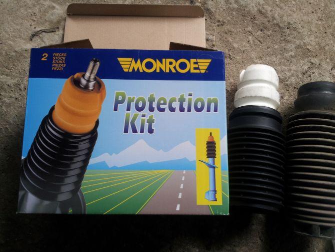 комплект ограничители + пыльники амортизаторов Monroe PK006