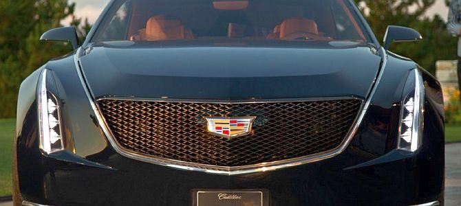 Cadillac ATS 2015 года: обновленный логотип теперь без венка
