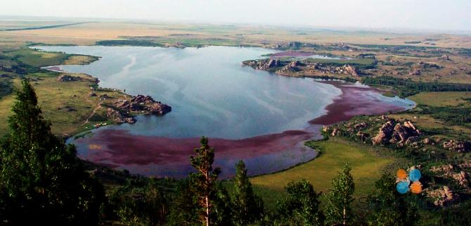 Колыванское озеро является первым официально зарегистрированным памятником природы в России
