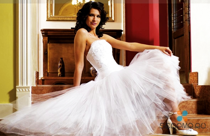Визуальная коррекция фигуры при помощи свадебного платья