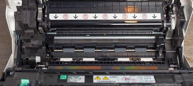 Принтер Xerox Phaser 4622: печатает 62 страниц в минуту